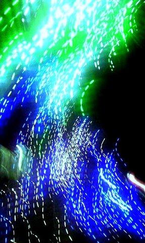 写真・緑と青の光.jpg
