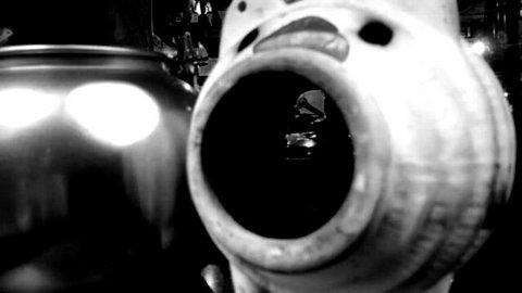 写真・蚊やり豚とやかん.jpg